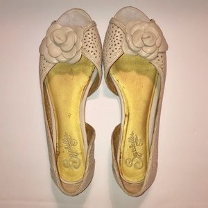 Seychelles Cream Off-White Peep Toe Flats Size 8.5